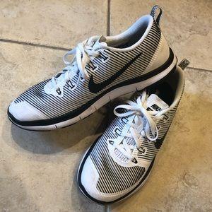 Men's Nike Size 11 Running Shoes